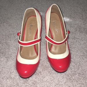 Modcloth Retro Pumps
